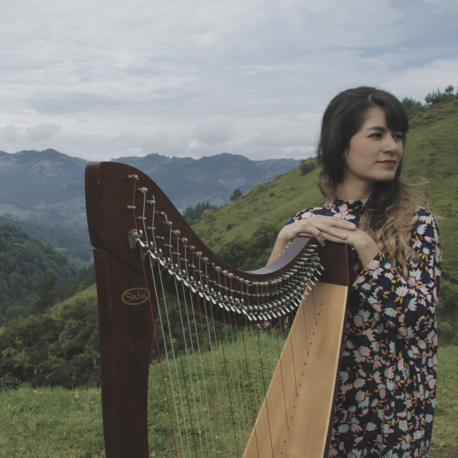 Natalia Castrillón (CO) - The Global Harp, A Transcultural Journey photo:Eduardo Mejía